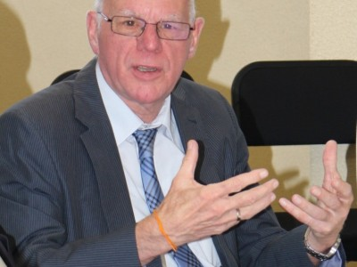 Prof. Dr. Lammert an der DHPS