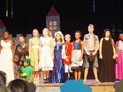 Theater - Theatre play: Es war einmal ...oder?