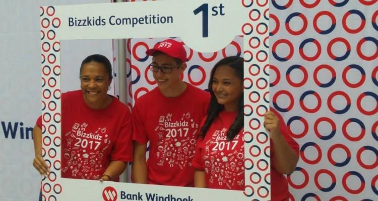 Florian und Patrick gewinnen Bank Windhoek BizzKids Market